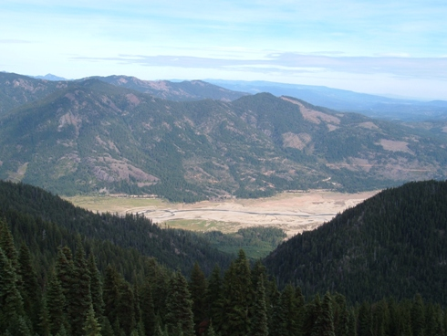 Kachess ridge hard knox french cabin mountain for Cle elum lake cabins